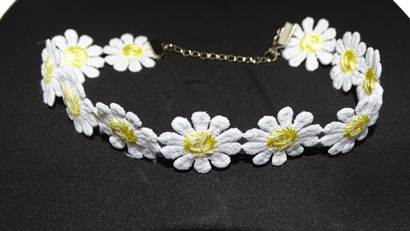 Vintage Sexy Daisy Flower Choker Necklaces Yellow White Charm Retro Choker Gift